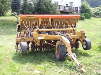 Photo Haybuster Model 77 No-Till Drill
